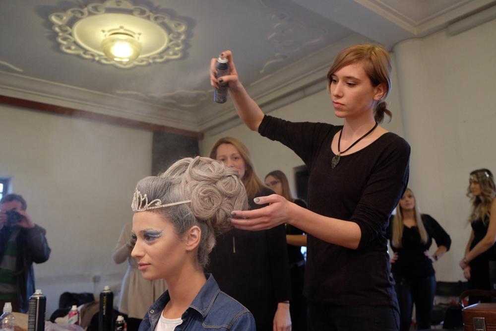 Frizeri stilisti izradili su frizuru Ledenoj kraljici - Miss Zagreba, Antoneli Ivankovic